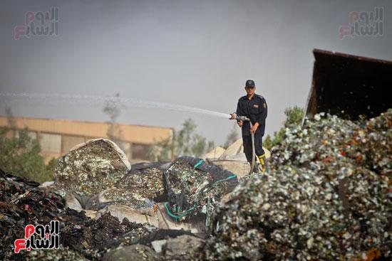 حريق مخزن بلاستيك (21)