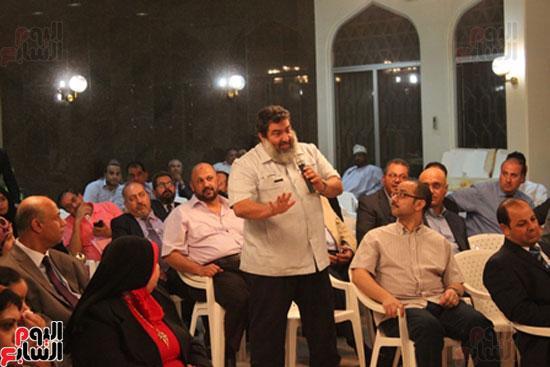 مساعد وزير الخارجية الرئيس شدد على إعطاء أولوية للمصريين فى الخارج (10)