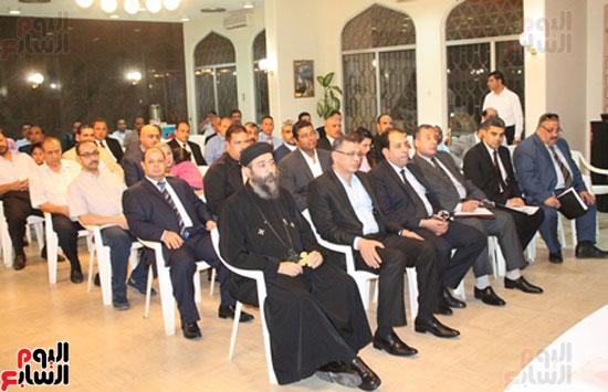 مساعد وزير الخارجية الرئيس شدد على إعطاء أولوية للمصريين فى الخارج (14)