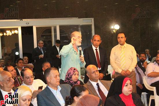 مساعد وزير الخارجية الرئيس شدد على إعطاء أولوية للمصريين فى الخارج (4)