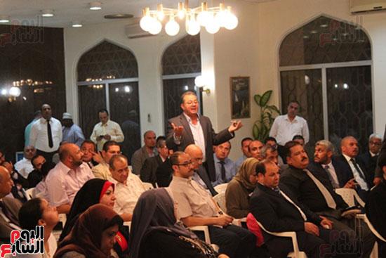 مساعد وزير الخارجية الرئيس شدد على إعطاء أولوية للمصريين فى الخارج (8)