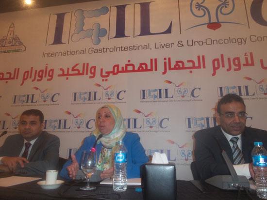 مساعد وزير الصحة مقترح بخط إنتاج مشترك لتصنيع أدوية الأورام فى مصر (5)