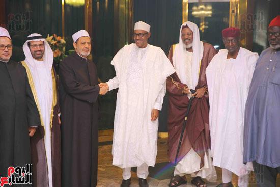 الرئيس النيجيرى لشيخ الأزهر زيارتكم فخر لنا ونقدر جهودكم لنشر الوسطية (3)
