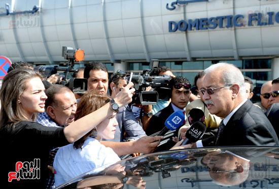 مؤتمر صحفى لرئيس الوزراء حول الطائره المفقودة (1)