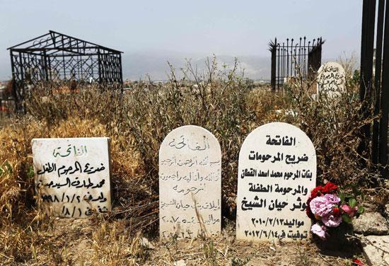 أطفال سوريا فى لبنان بين المدارس والقبور وانتظار الفرج  (7)