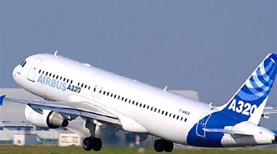 طائرة إيرباص A320 (1)