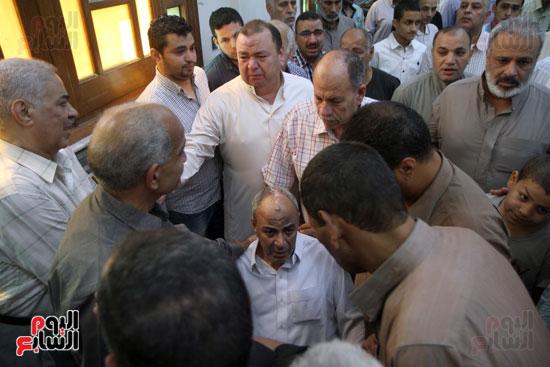 صلاة الغائب على روح الكابتن محمد بهجت شقير  قائد الطائره المصريه المنكوبه (7)