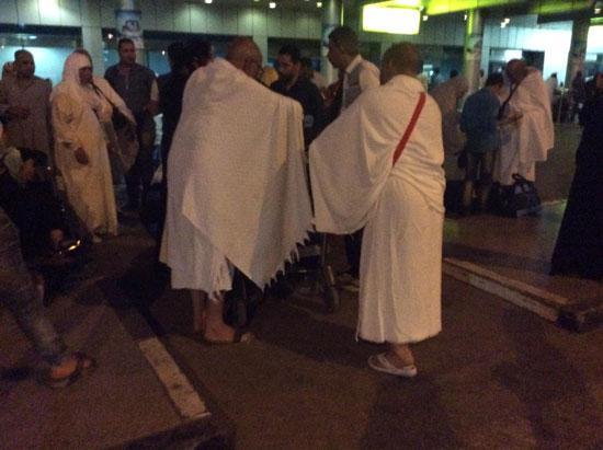 المعتمرين بمطار القاهرة (2)