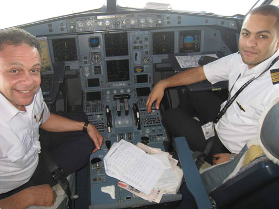 محمد شقيرى قائد الطائرة المنكوبة (13)
