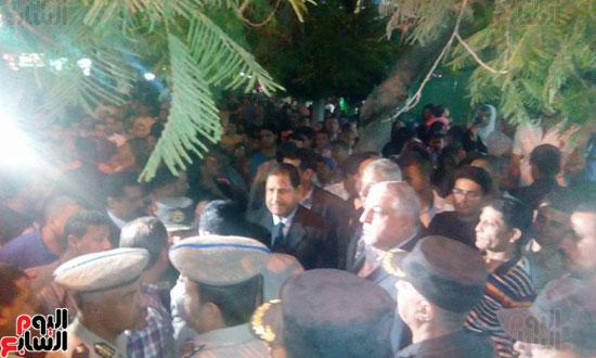 جنازه عسكريه لشهيد الارهاب بشمال سيناء (9)
