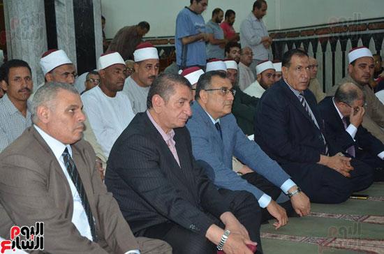 محافظ كفر الشيخ يشهد احتفال الأوقاف بليلة النصف من شعبان (3)