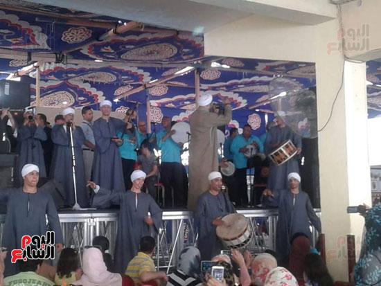 احتفال نادى هوليوليدو احتفالا بشم النسيم (7)