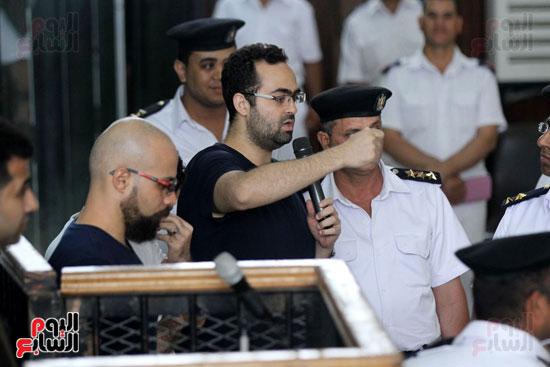 محاكمة أحمد دومة ومحمد  عادل واحمد ماهر (7)