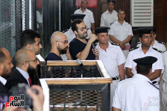 محاكمة أحمد دومة ومحمد  عادل واحمد ماهر (8)