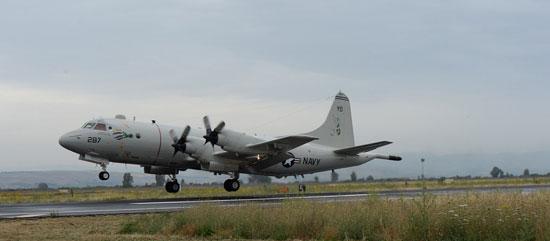 البحرية الأمريكية المشاركة فى البحث عن حطام الطائرة المصرية  (4)