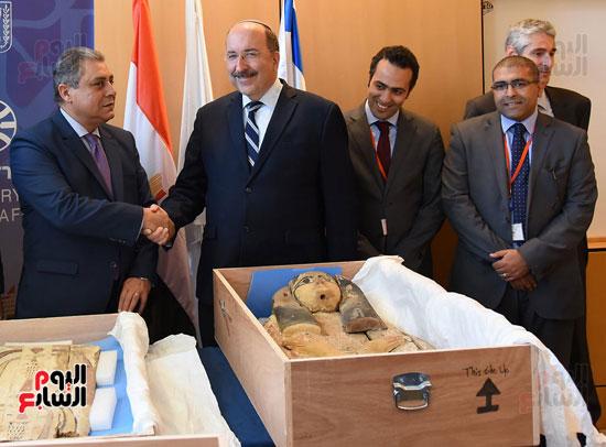 مراسم تسليم الآثار المصرية المسروقة من إسرائيل (1)