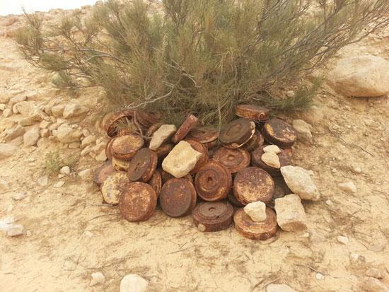 مقتل 13 إرهابيا وضبط 145 لغما فى وسط سيناء وجبل الحلال (9)