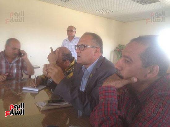 المهندس-محمود-طه-عبد-اللطيف-رئيس-شركه-محافظات-القناه-لمياه-الشرب-والصرف-الصحى-(2)