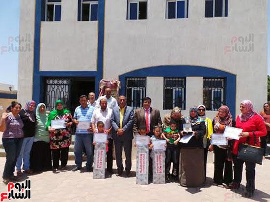 تكرم-مدرسة-الفيروز-للغات-بجنوب-سيناء-(1)