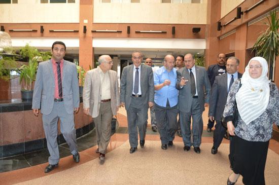 مستشفى طنطا التعليمى ينظم دورة تدريبية على أحدث جهاز لمحاكاة قسطرة القلب بالدلتا (1)