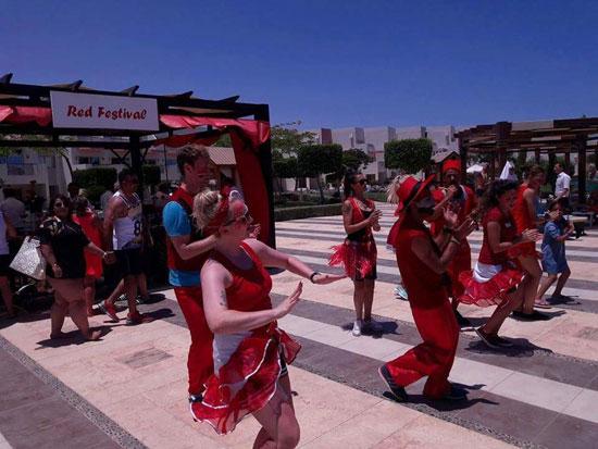 مهرجان الفواكه الحمراء بالغردقة (1)