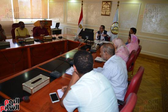 لجنة مكافحة الفساد بمطروح تنظم دورة تدريبية للعاملين بالمحافظة   (5)