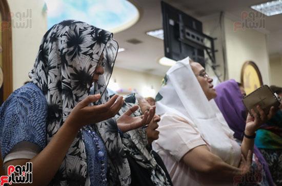 كنائس الإسكندرية تصلى من أجل المتضررين فى أحداث المنيا (13)