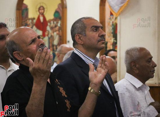 كنائس الإسكندرية تصلى من أجل المتضررين فى أحداث المنيا (14)