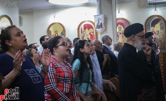 كنائس الإسكندرية تصلى من أجل المتضررين فى أحداث المنيا (19)
