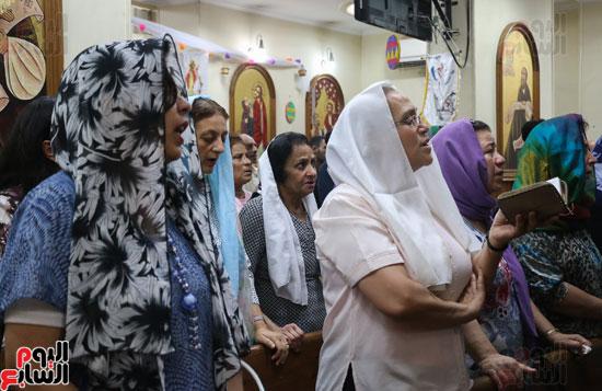 كنائس الإسكندرية تصلى من أجل المتضررين فى أحداث المنيا (8)