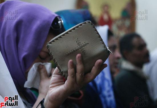 كنائس الإسكندرية تصلى من أجل المتضررين فى أحداث المنيا (9)