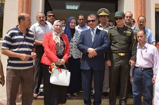 محافظ كفر الشيخ يفتتح مبنى التربية والتعليم الجديد (1)