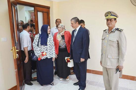 محافظ كفر الشيخ يفتتح مبنى التربية والتعليم الجديد (7)