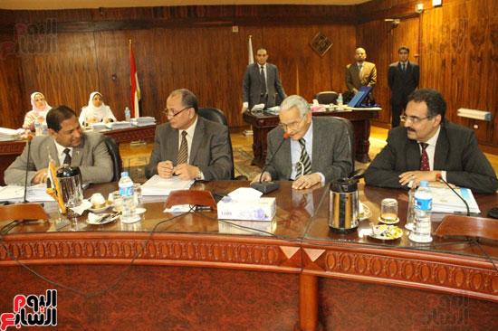 مجلس جامعة طنطا يكرم الحاصلين على جوائز الدولة العلمية (4)