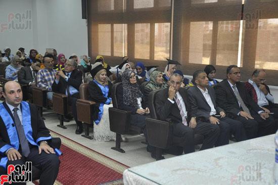 حفل خريجي كلية طب الأسنان بجامعة قناة السويس (2)