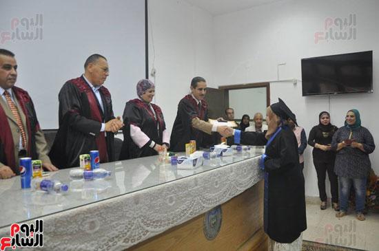 حفل خريجي كلية طب الأسنان بجامعة قناة السويس (6)