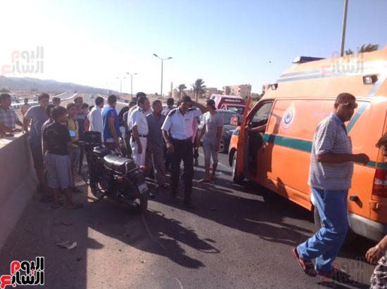 إصابة شرطى مرور أثناء تأمين سيارة محافظ جنوب سيناء (1)