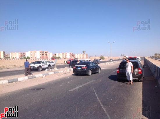 إصابة شرطى مرور أثناء تأمين سيارة محافظ جنوب سيناء (3)