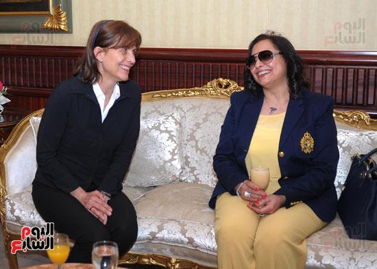 شريف اسماعيل يستقبل رئيس الوزراء المجرى  (10)