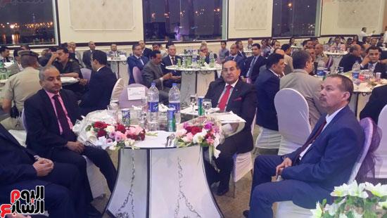 بدء احتفالية افتتاح قاعة مون لايت بنادى تجديف الشرطة بمحافظة سوهاج  (4)