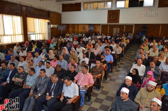 محافظ كفر الشيخ يطلق فعاليات حملة خلوا بالكم من بلدكم (6)
