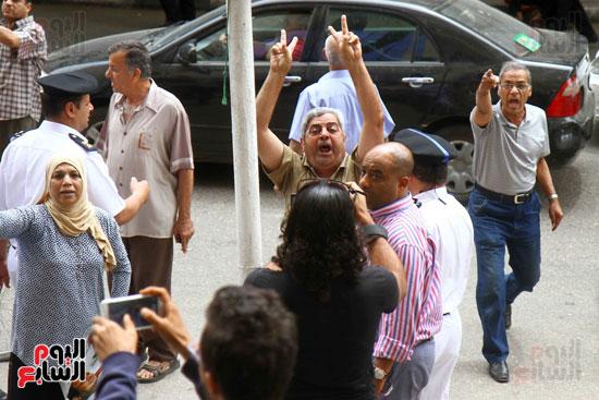 المواطنون الشرفاء يحاصرون نقابة الصحفيين (14)