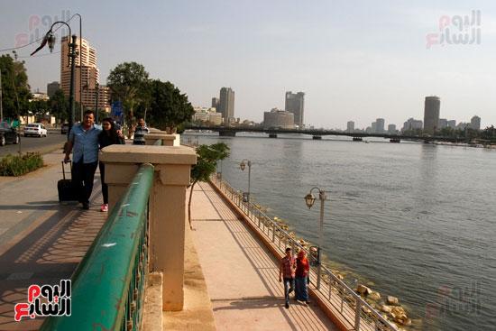 تواصل أعمال تطوير كورنيش النيل  (1)