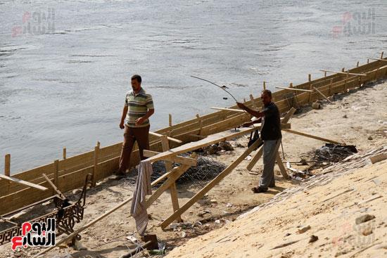 تواصل أعمال تطوير كورنيش النيل  (10)