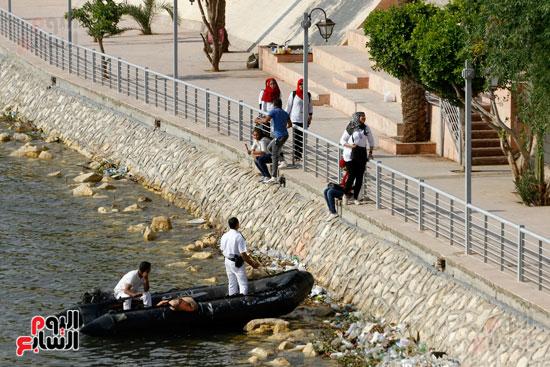 تواصل أعمال تطوير كورنيش النيل  (19)