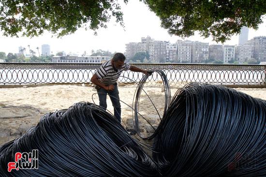 تواصل أعمال تطوير كورنيش النيل  (6)