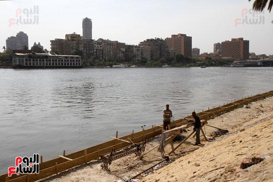 تواصل أعمال تطوير كورنيش النيل  (9)