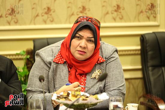 لجنة حقوق الإنسان (2)