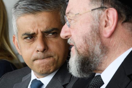 رئيس بلدية لندن المنتخب يشارك فى حفل ذكرى الهولوكوست صادق خان (12)