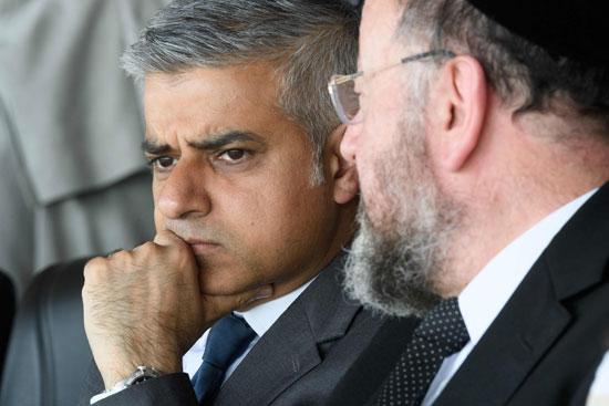 رئيس بلدية لندن المنتخب يشارك فى حفل ذكرى الهولوكوست صادق خان (13)